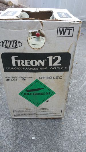 DuPont Freon 12 (30lbs.) for Sale in Sacramento, CA