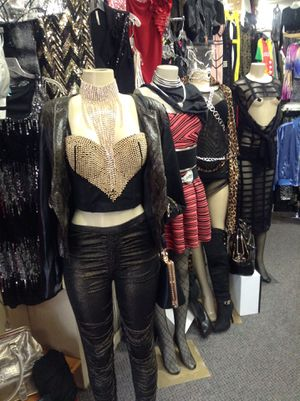 ENTIRE STORE 4> SALE: Ladies Boutique!!! for Sale in Philadelphia, PA