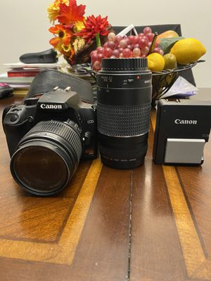 Canon EOS Rebel XS DLR Camera with 75-300mm zoom lens. for Sale in Wimauma, FL