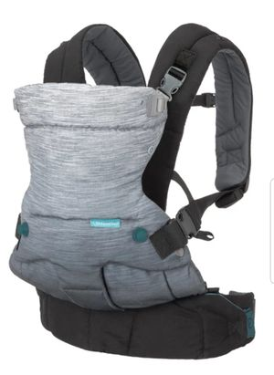 Ergonomic carrier for Sale in Long Beach, CA