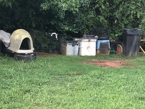 Dog house for Sale in College Park, GA