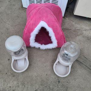 Cat Bed for Sale in Garden Grove, CA