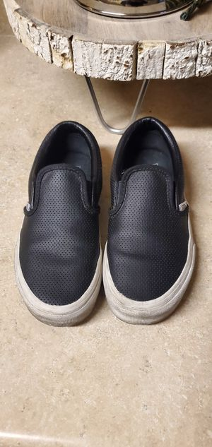 Black leather perforated Vans size 2y for Sale in Long Beach, CA