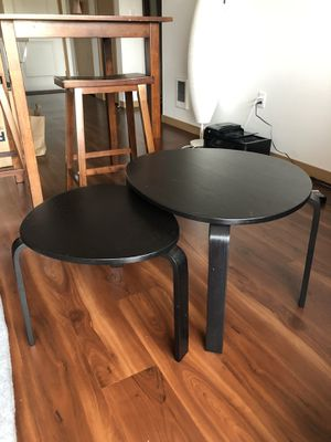 Two-piece nesting coffee tables for Sale in Everett, WA