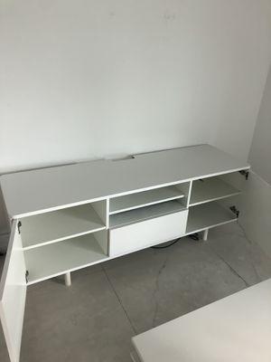 TV stand - white - ikea for Sale in Miami Beach, FL