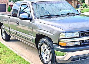 ֆ12OO 4WD CHEVY SILVERADO 4WD for Sale in Pomona, CA