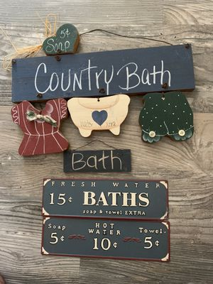 Bath room decor. $25 for everything! for Sale in Mililani, HI