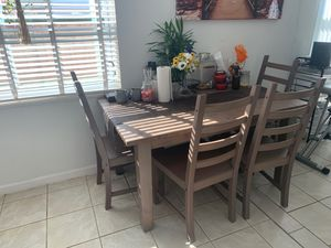 Kitchen Table with chairs for Sale in Hollywood, FL