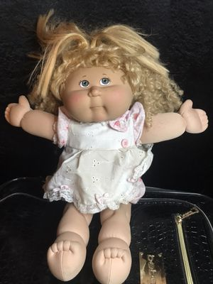 Cabbage patch kid doll! Blue eyes! for Sale in Savannah, GA