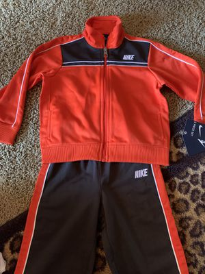 Kids Nike Track Suit Set (Size 24 months)(Brand New) for Sale in Woodland, CA