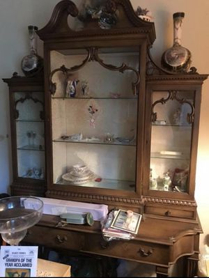 Antique China small cabinet for Sale in Bronx, NY