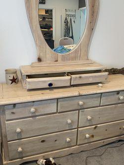 Heavy Dresser for Sale in Tukwila,  WA