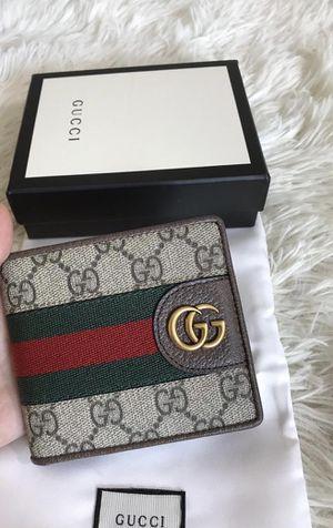 Gucci men's wallet for Sale in Orange, CA