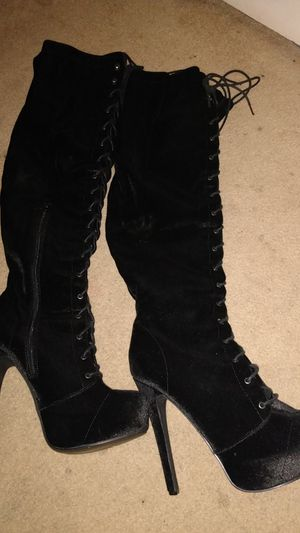 Thigh rise black boots for Sale in Sweetwater, TX