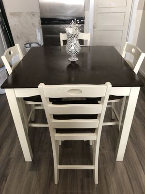 Wooden kitchen table with 4 chairs for Sale in Pinole, CA