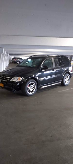 Mercedes Ml55 AMG for sale or Trade runs great everything worksm for Sale in Queens, NY