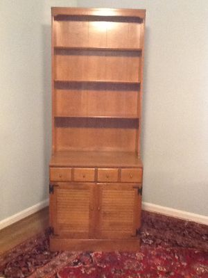 ETHAN ALLEN Heirloom Maple Cabinet and Book Shelf for Sale in Bethesda, MD