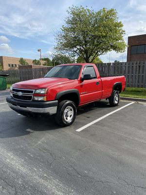 2006 Chevy Silverado 2500HD for Sale in Arlington Heights, IL