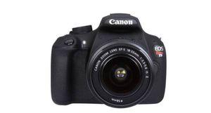 Canon rebel T5 Dslr camera for Sale in Orange, CA