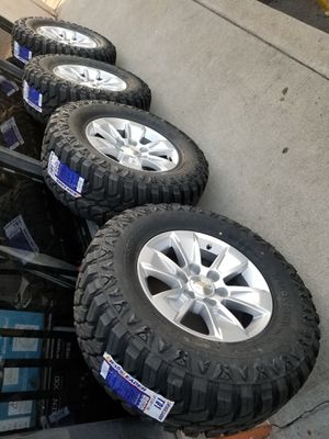 "17"" SILVERADO SUBURBAN AVALANCHE TAHOE SIERRA DENALI YUKON NEW RIMS AND TIRES 265 70 17 for Sale in Rancho Cucamonga, CA"