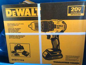 Dewalt 20 V lithium ion brushless drill driver kit for Sale in Tampa, FL