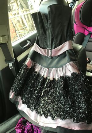 Homecoming prom wedding dress for Sale in Houston, TX