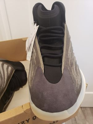 Yeezy QNTM Barium - Men's Size 11.5 - Price Firm/No Trades/Cash Only for Sale in Los Angeles, CA