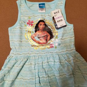 Disney Moana Girls Dress Size 6 New for Sale in Anaheim, CA