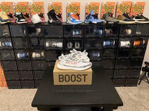 Adidas yeezy v2 zebra size 11.5 for Sale in Clovis, CA