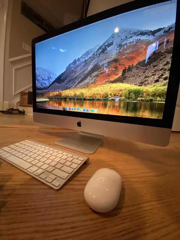 27-inch Apple iMac (2011) with Wireless Keyboard and Mouse