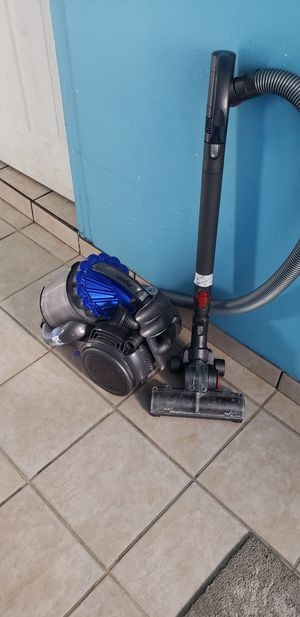 Dyson DC25 Vacuum for Sale in Franklin, TN