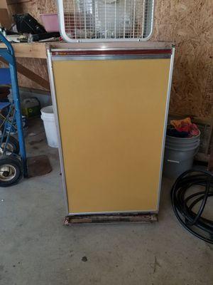 Traveler RV refrigerator freezer for Sale in Perrysburg, OH
