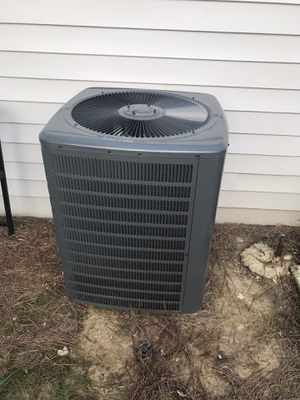 Ac units available with installation You HOT well let me know when you ready to go to THE NORTH POLE for Sale in Rex, GA