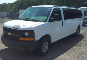 2008 Chevy Express 3500 Extended Passenger for Sale in Paterson, NJ