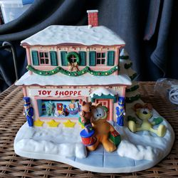 Garfield Lighted Toy Shop for Sale in Ladera Ranch,  CA
