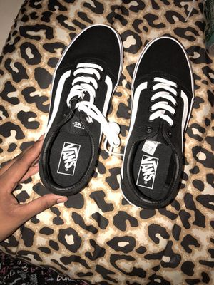 Brand new Vans ( women's ) for Sale in Las Vegas, NV