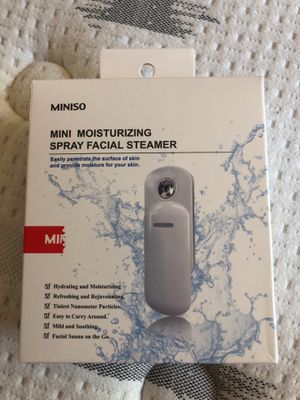 Miniso mini moisturizing spray facial steamer for Sale in Corona, CA