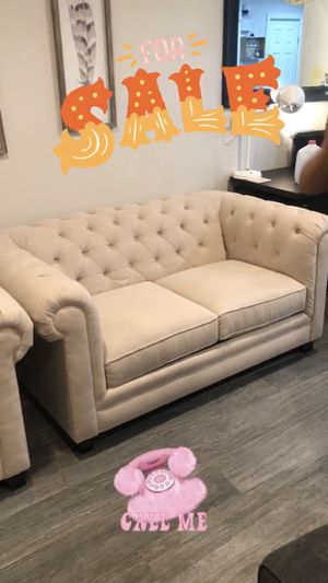 Like new - large chair and love seat for Sale in Huntington Beach, CA
