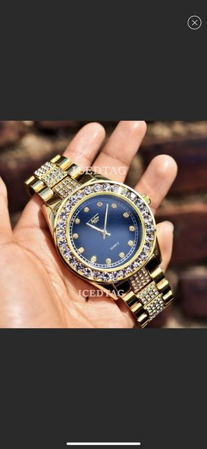 Men's full iced out luxury watch for Sale in Queens, NY
