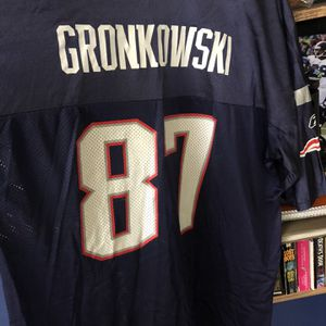 New England Patriots #87 Gronkowski Jersey. Size 2XL for Sale in Puyallup, WA