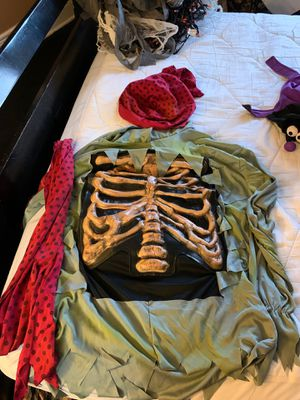 Pirate costume size large for Sale in Buffalo, NY