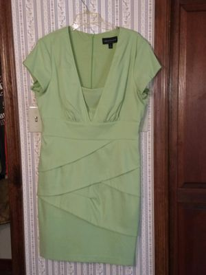 Beautiful designer dress, size 14 for Sale in Madison Heights, VA