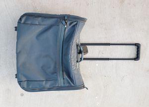 Samsonite rolling suitcase for Sale in Visalia, CA