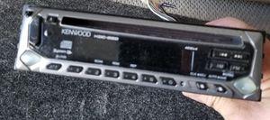 Vendo cd player Kenwood en perfectas condiciones for Sale in Sudley Springs, VA