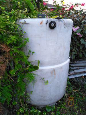 300 gallon tank for Sale in Miami, FL