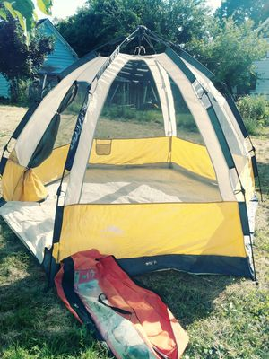 First up hex dome tent for Sale in Cleveland, OH