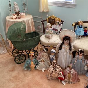 Antique Dolls And Antique Toy Stroller for Sale in Pittsburgh, PA