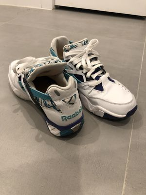 Reebok throwback sneakers, size 9.5 for Sale in New York, NY