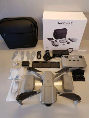 Mavic Air 2 W/fly more pack for Sale in Seminole, FL