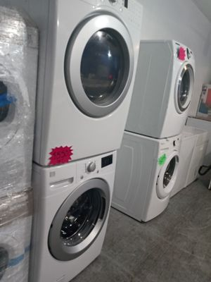 LG front load washer and dryer set in exelent condition w\4 months warranty for Sale in Baltimore, MD